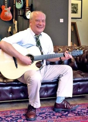 Roddy Clenaghan and his Rosewood Songbird